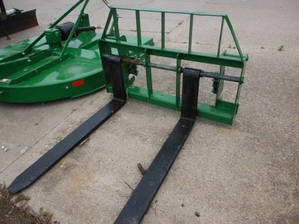 Frontier AL13 Loader and Skid Steer Attachment