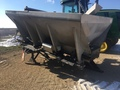 2014 New Leader L3220 Pull-Type Fertilizer Spreader