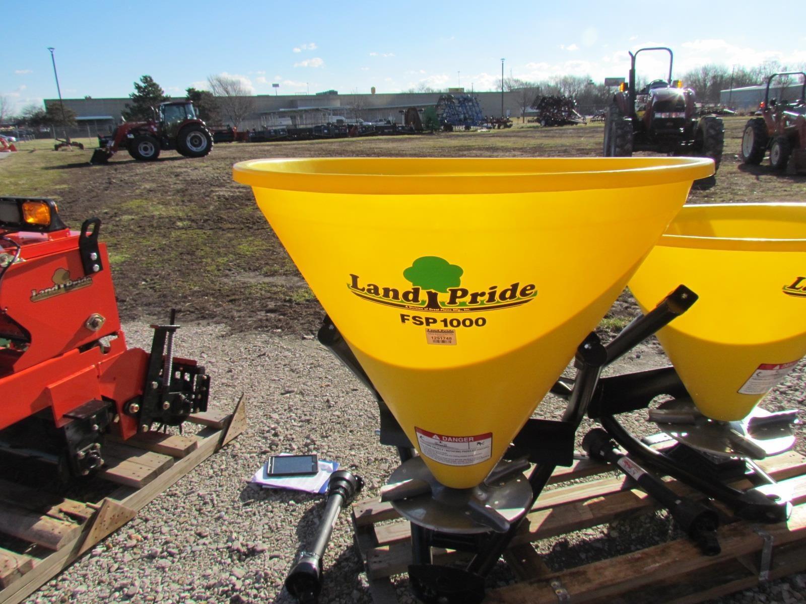 2018 Land Pride FSP1000 Pull-Type Fertilizer Spreader