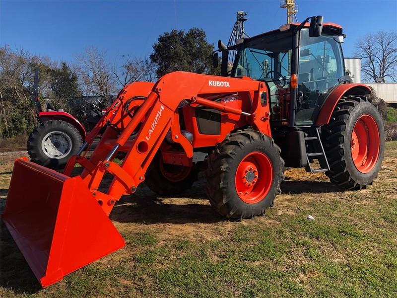 2014 Kubota M126GXDTC Tractor
