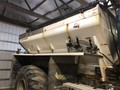 New Leader L4000G4 Self-Propelled Fertilizer Spreader