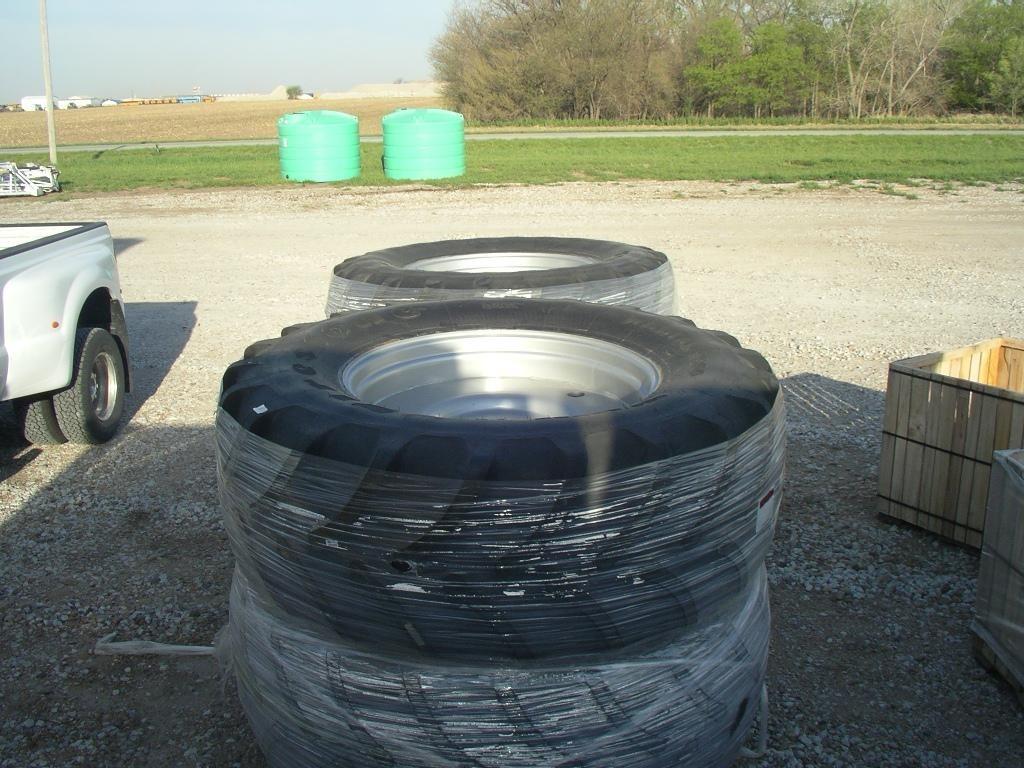 2019 Firestone 650/65R38 Wheels / Tires / Track