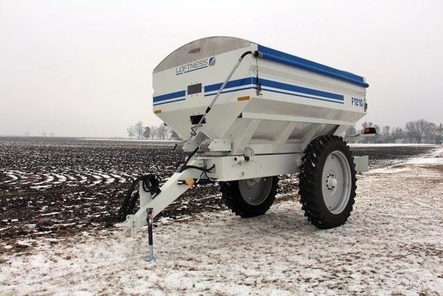 2019 Loftness F1210 Pull-Type Fertilizer Spreader