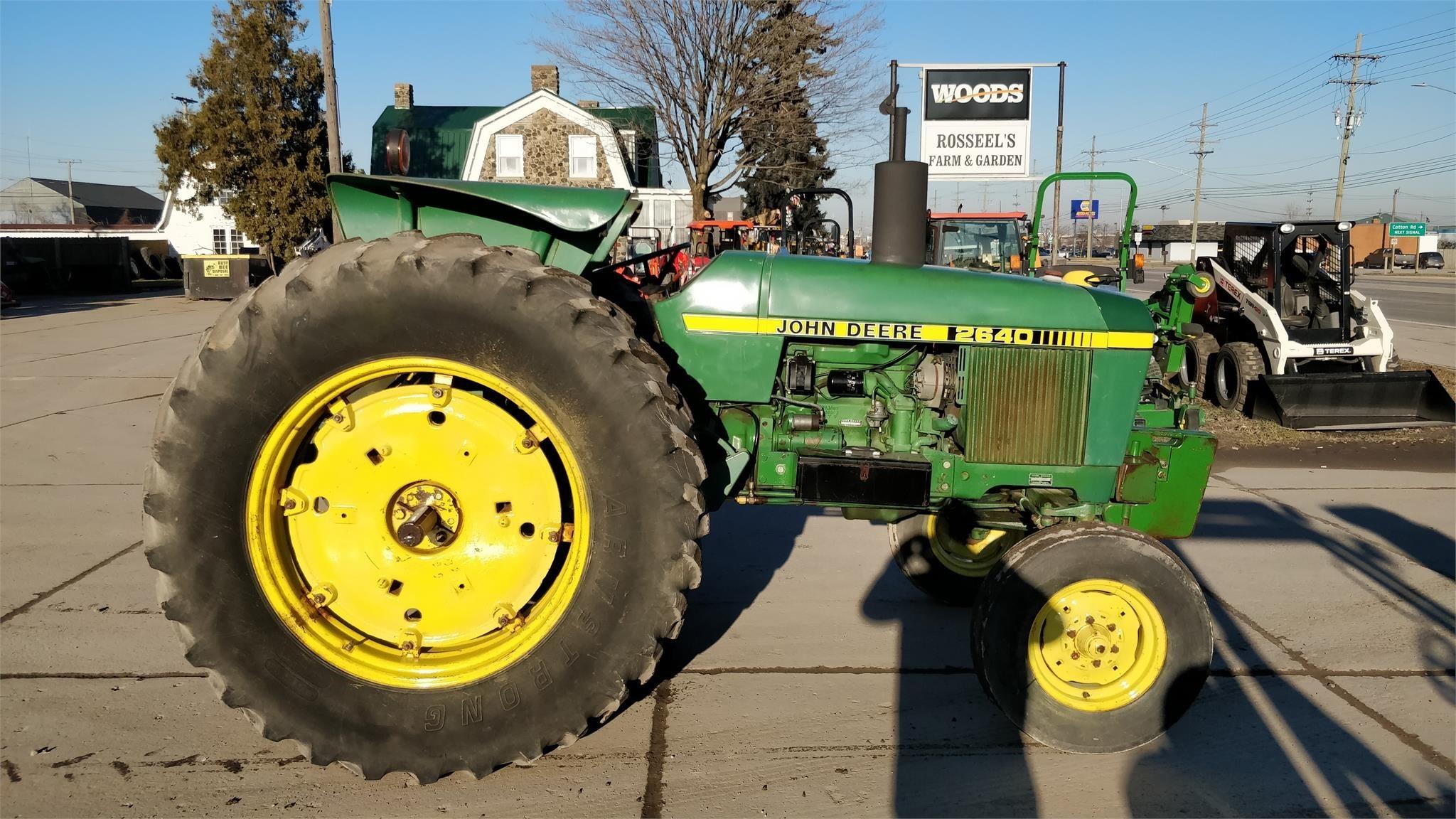 1981 John Deere 2640 Tractor
