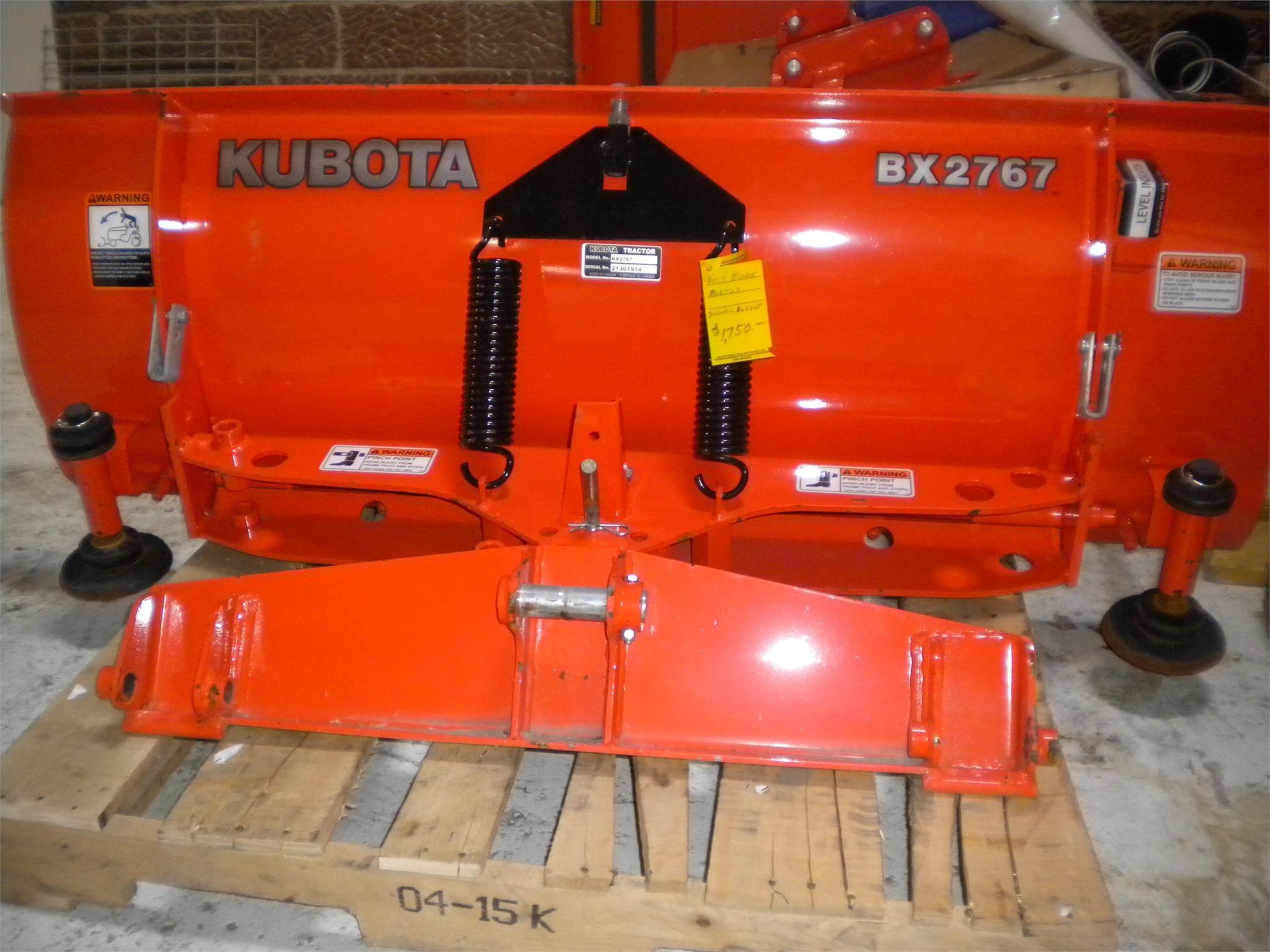 2013 Kubota BX2767 Blade
