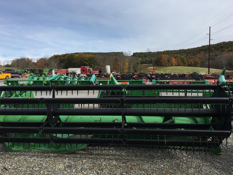 John Deere 918 Platform