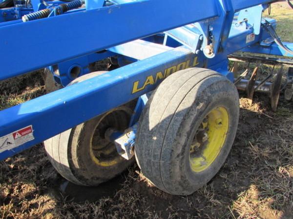 2010 Landoll 6230-33 Disk