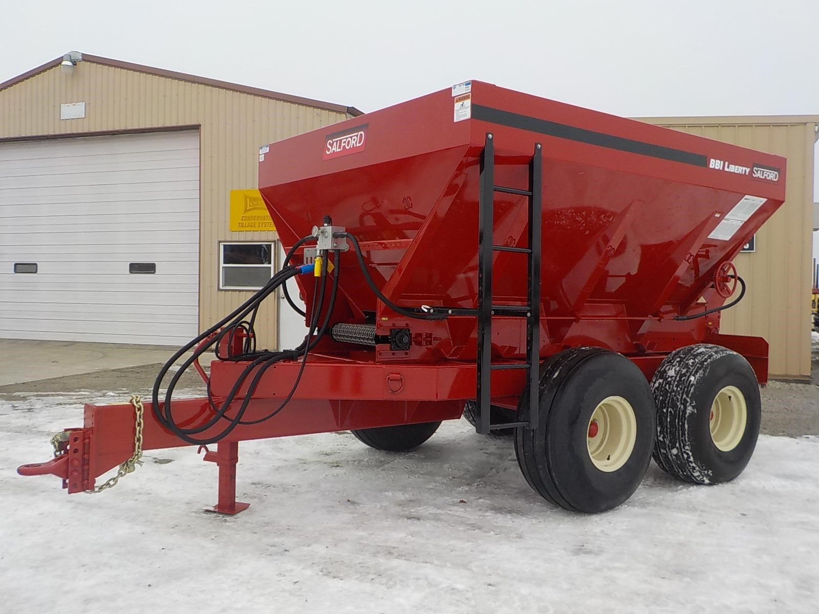 2018 BBI Liberty Pull-Type Fertilizer Spreader