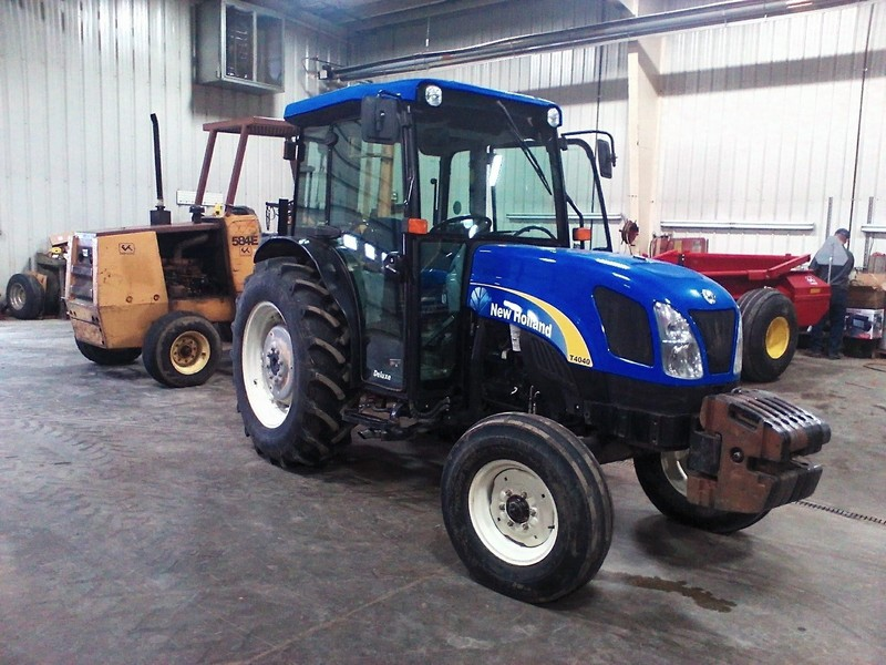 2013 New Holland T4040 Tractor