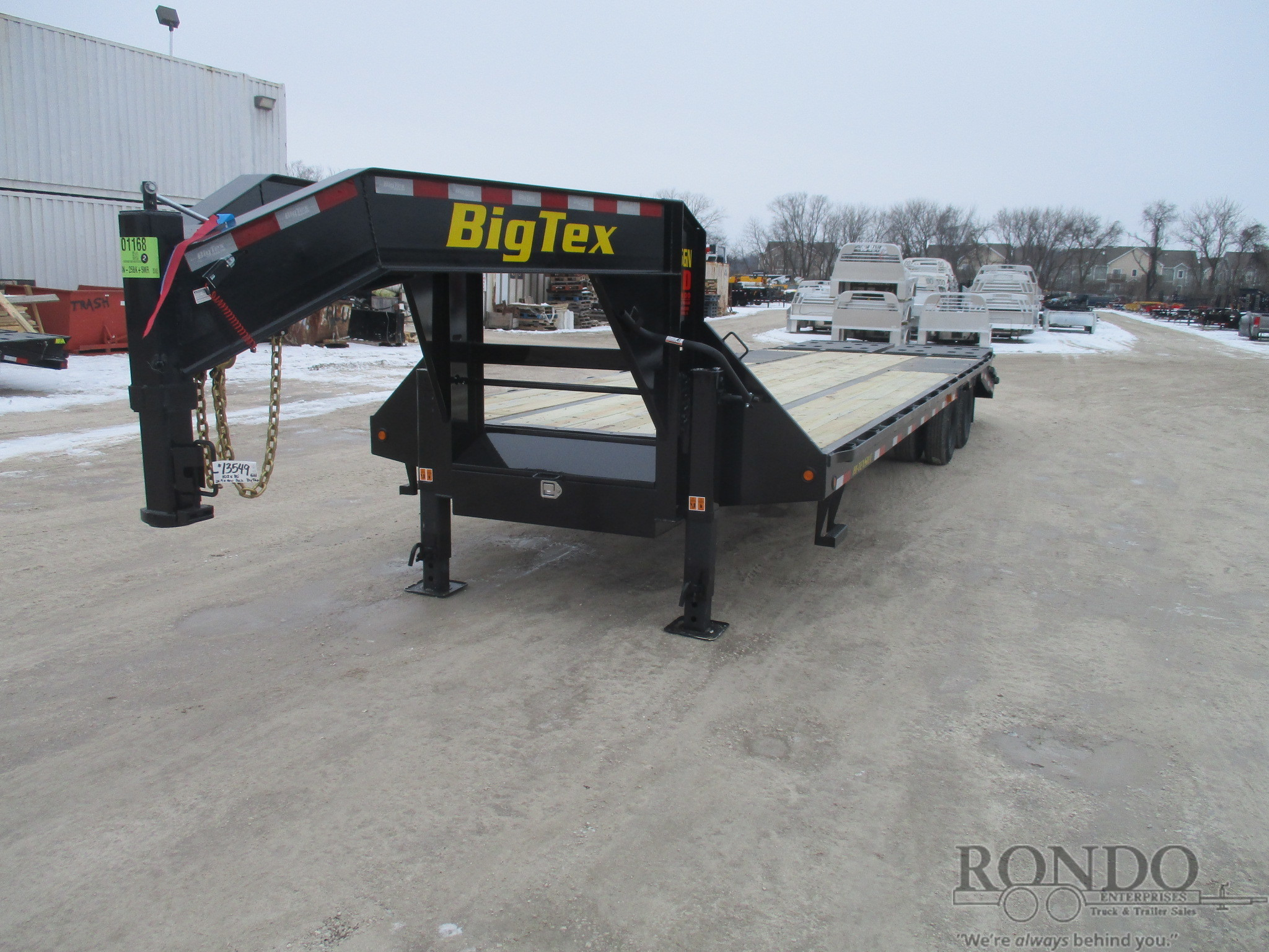 2019 Big Tex 25GN-25BK+5MR Flatbed Trailer