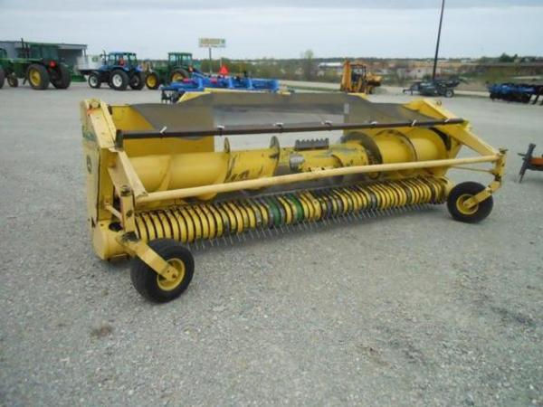 2003 John Deere 640B Forage Harvester Head