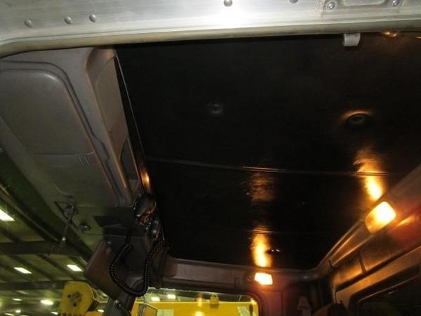 2012 Kenworth T800 Semi Truck