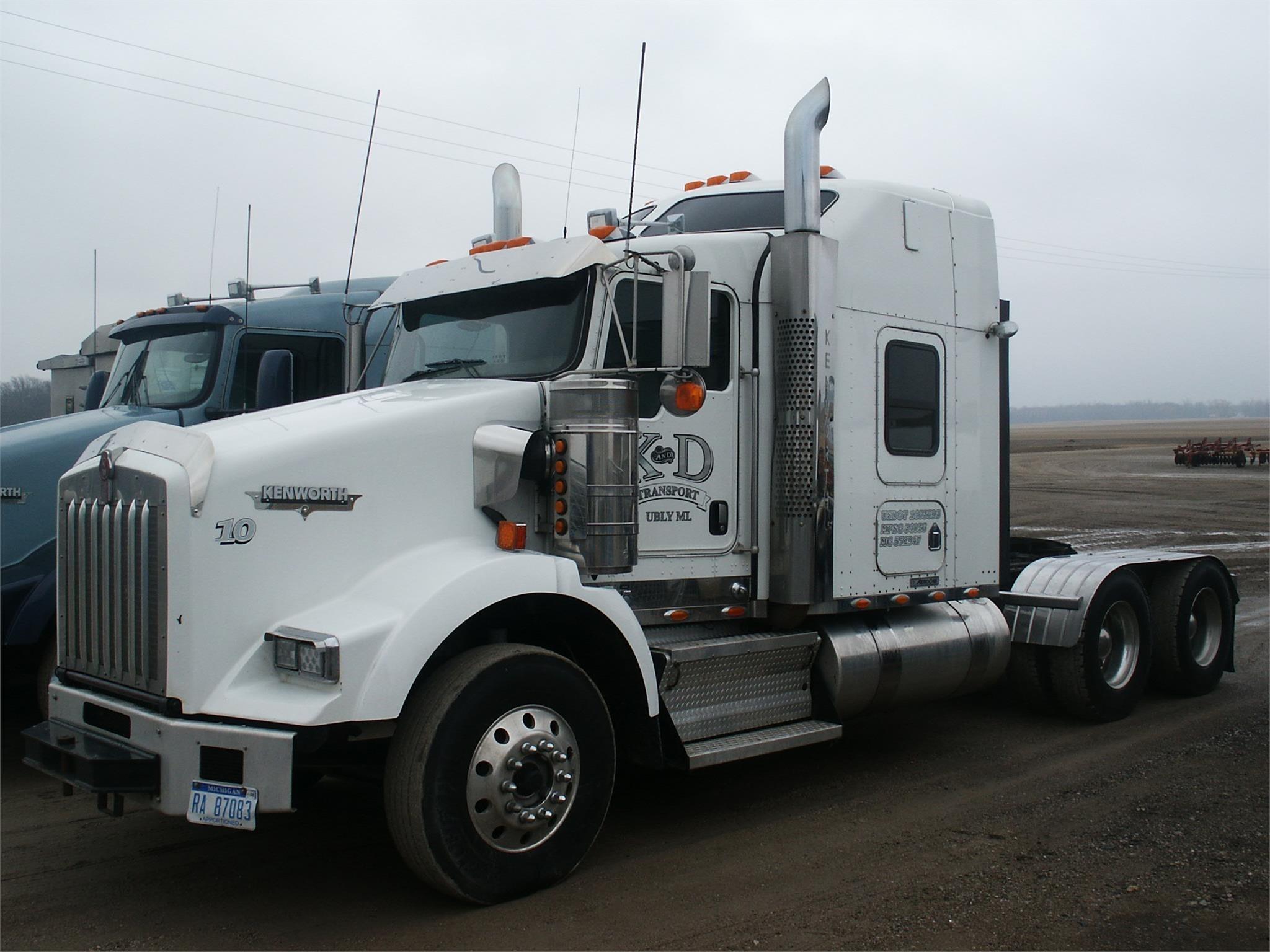 2010 Kenworth T800 Grain Truck