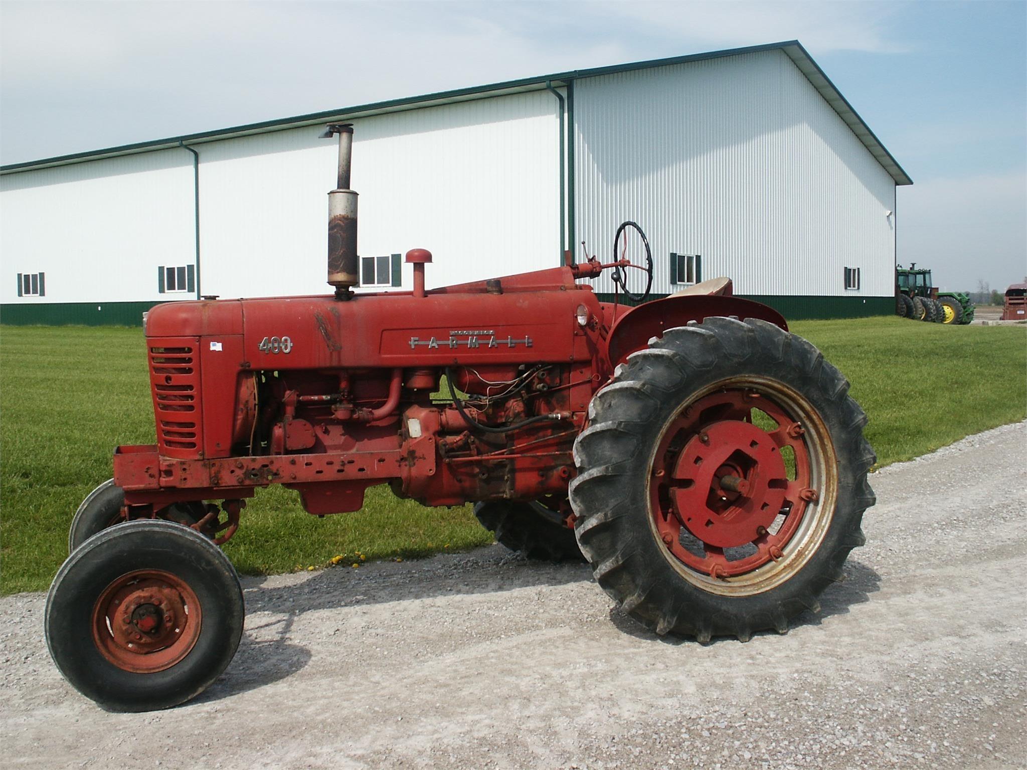 1955 International 400 Tractor