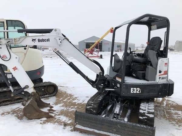 Used Bobcat E32i Backhoes for Sale | Machinery Pete