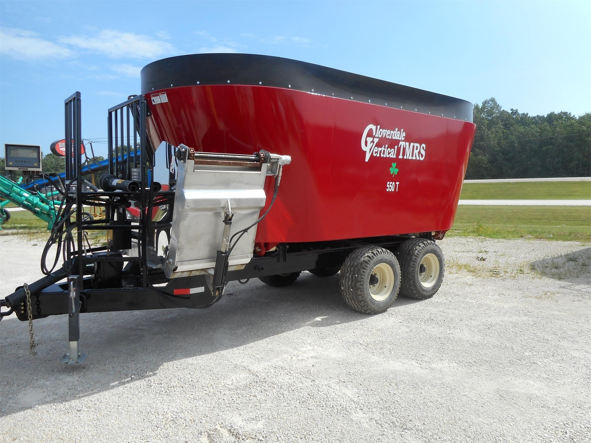 2020 Cloverdale 550T Grinders and Mixer