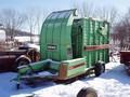 Owatonna Manufacturing 540 Hay Stacking Equipment