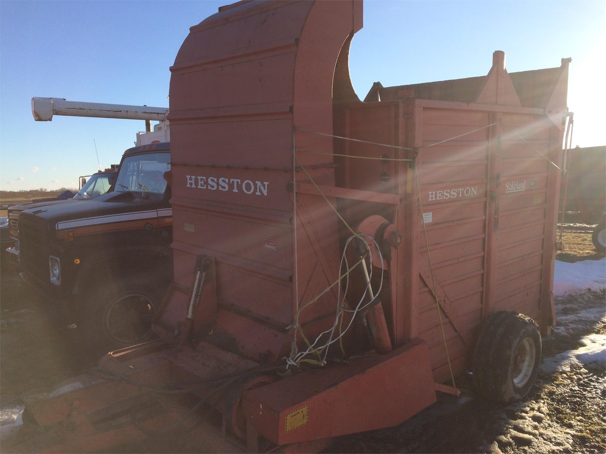 Hesston SH10 Hay Stacking Equipment