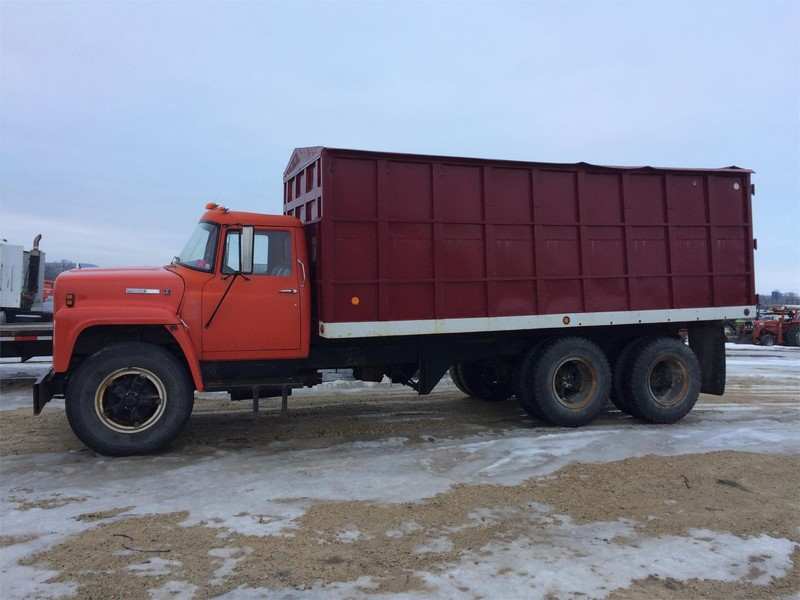 Grain Trucks For Sale >> 1974 International Loadstar Grain Truck Prescott Wisconsin