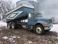 2000 International 4900DT Semi Truck