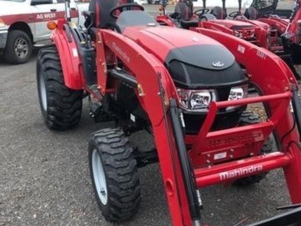 2018 Mahindra 1533 Tractor