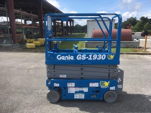 2017 Genie GS1930 Scissor Lift
