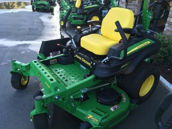 2018 John Deere Z920M Lawn and Garden