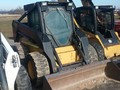 1999 New Holland LX885 Skid Steer