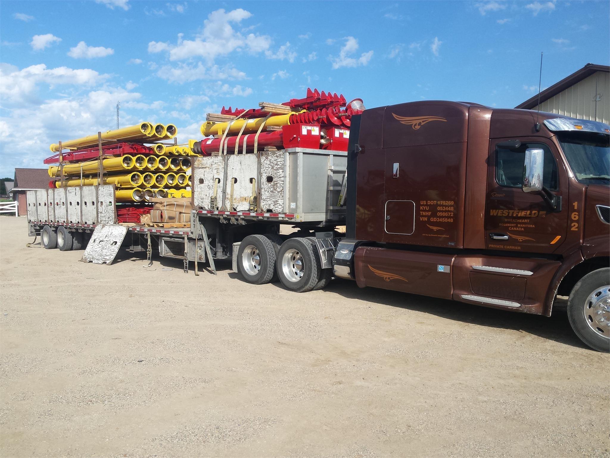 2021 Westfield MKX130-114 Augers and Conveyor