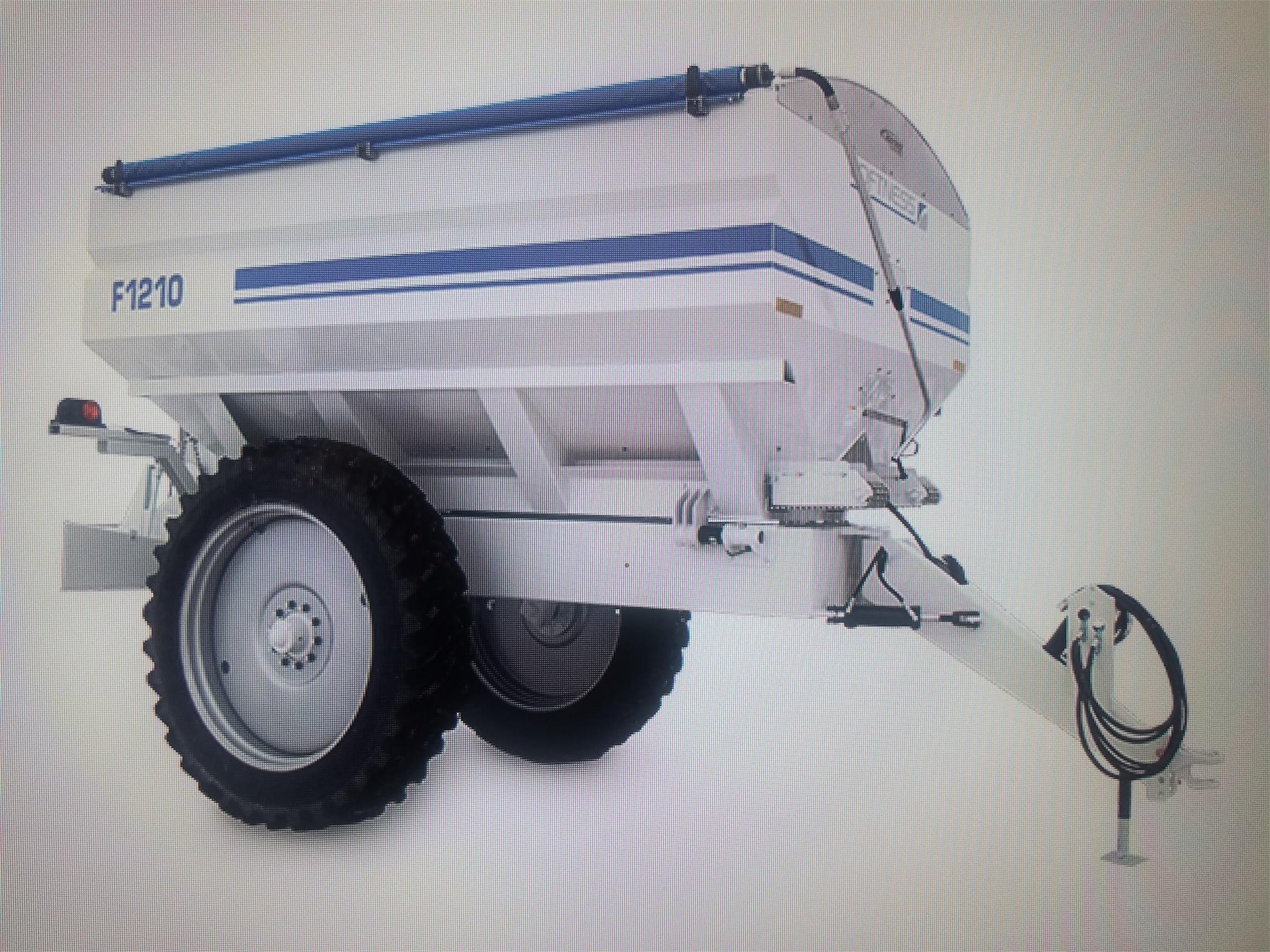 2020 Loftness F1210 Pull-Type Fertilizer Spreader