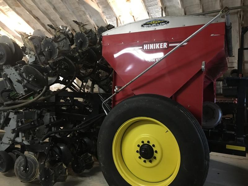 Hiniker 6000 Cultivator