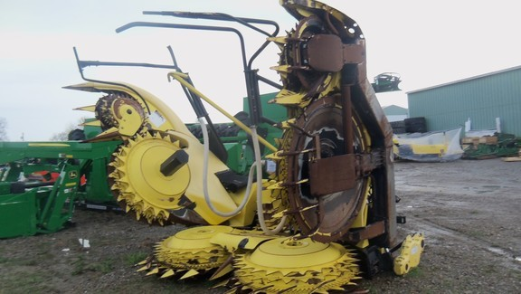 2010 John Deere 770 Forage Harvester Head
