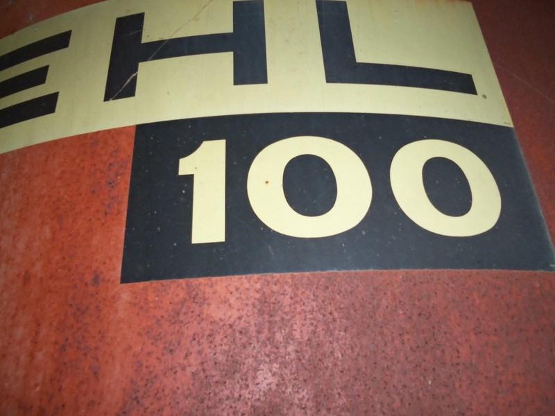 Gehl 100 Grinders and Mixer