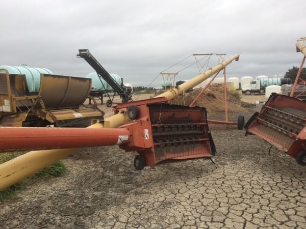 2001 Westfield MK100-71 Augers and Conveyor