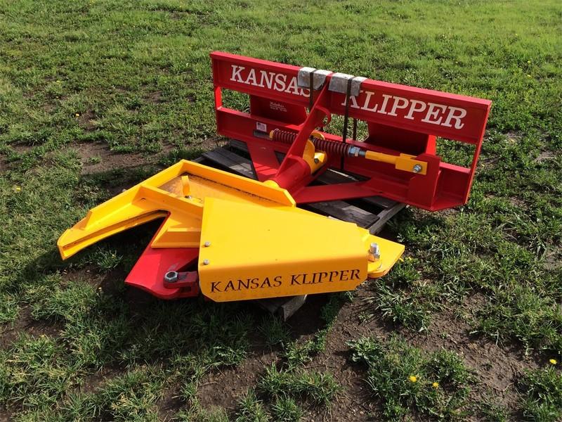 Beeson KANSAS KLIPPER Loader and Skid Steer Attachment