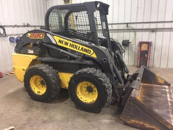 2011 New Holland L220 Skid Steer