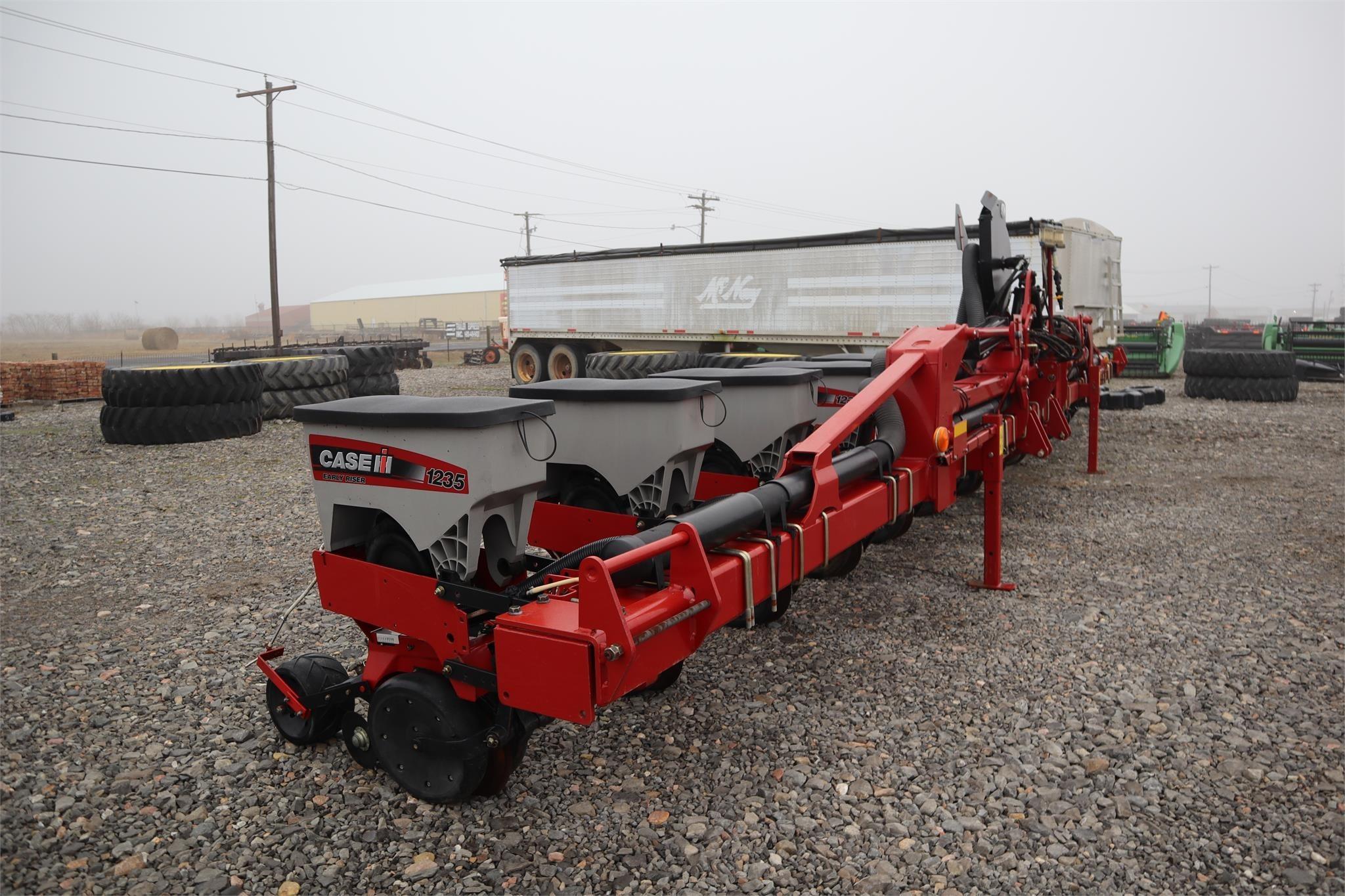 2014 Case IH 1235 Planter