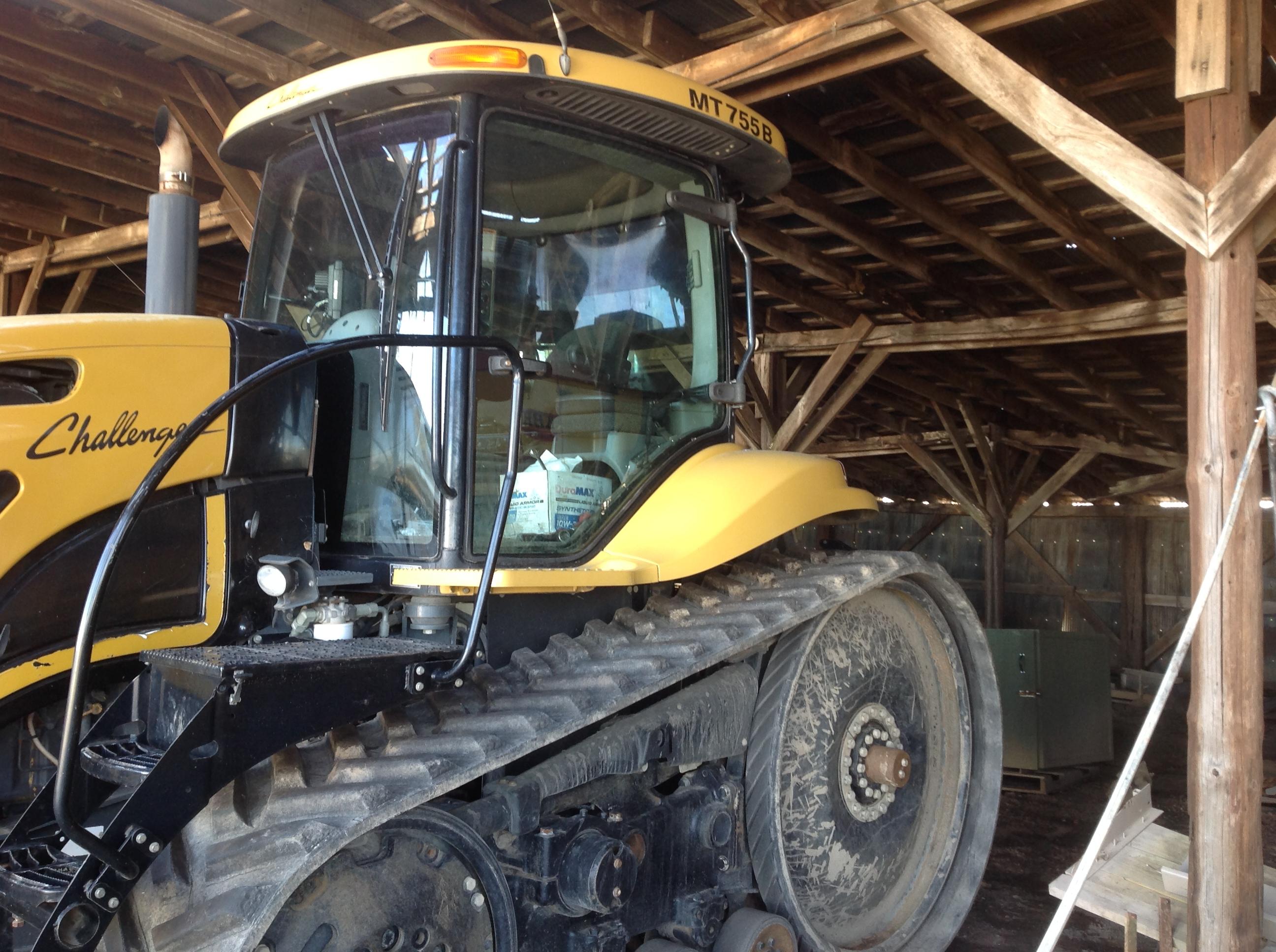 2006 Challenger MT755B Tractor