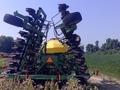 1999 John Deere 1860 Air Seeder