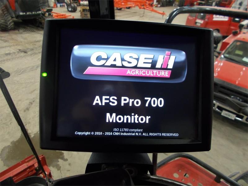 2016 Case IH 8240 Combine