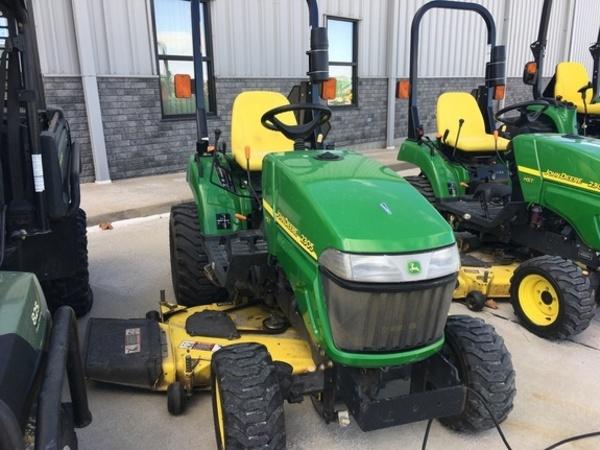 2010 John Deere 2305 Tractor