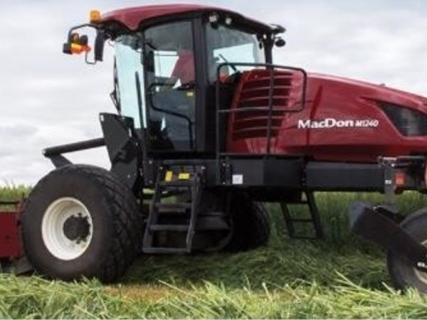 Used MacDon M1240 Self-Propelled Windrowers and Swathers for Sale