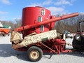 International 1050 Grinders and Mixer