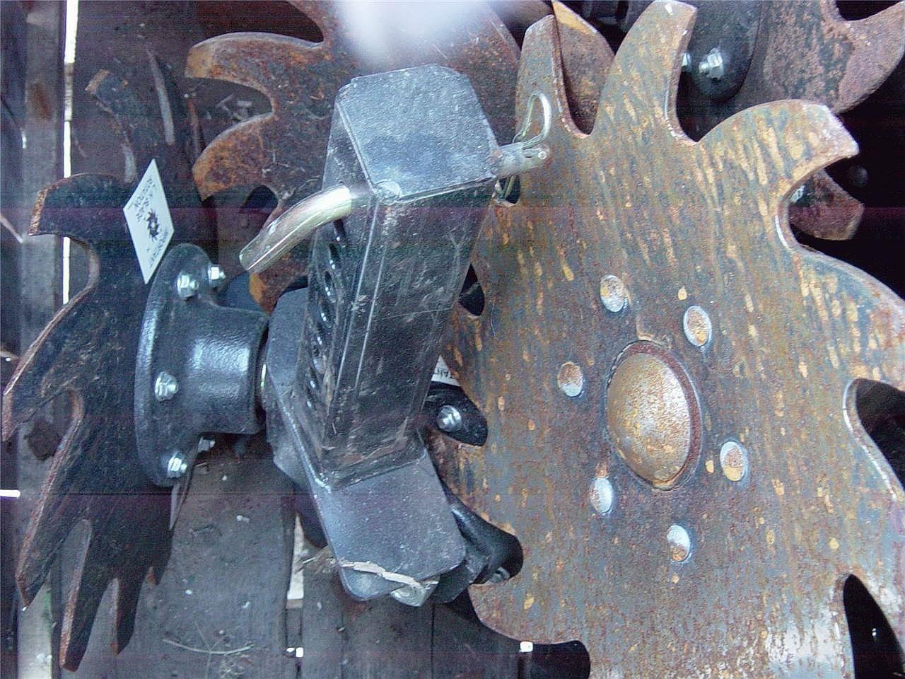 Sunco NUTRI MATE II Planter and Drill Attachment