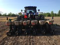 2014 Great Plains YP625A-12TR Planter