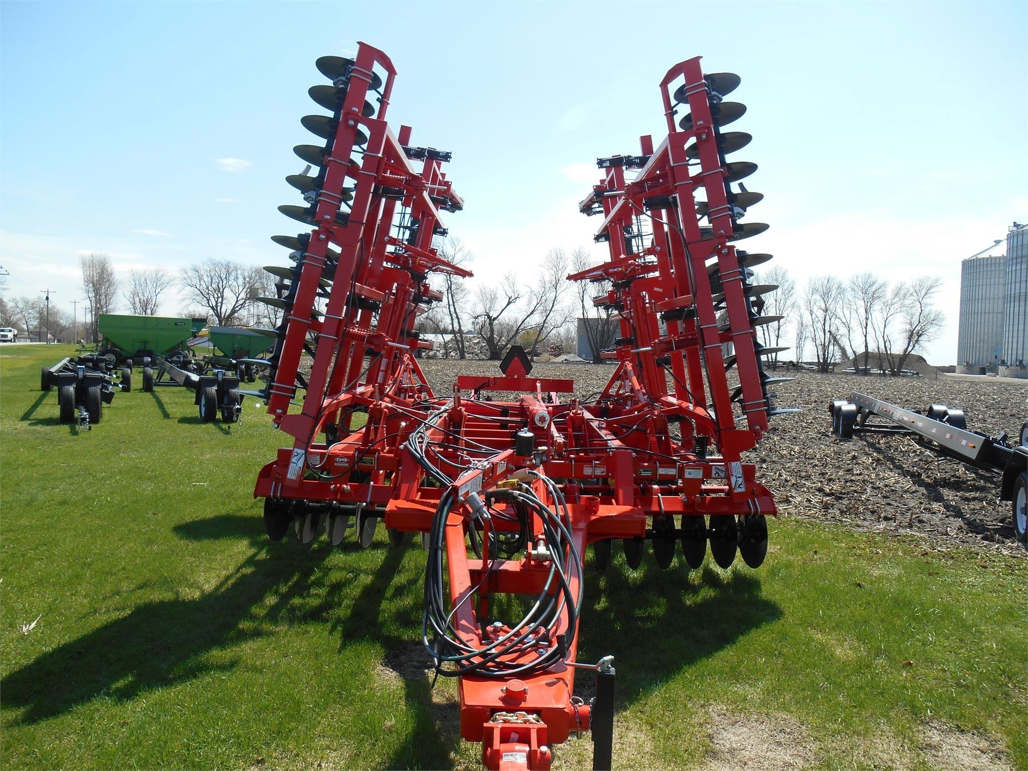 2021 Krause Landsman 6205-27 Soil Finisher