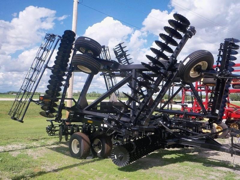 2019 EarthMaster MWT3400 Vertical Tillage