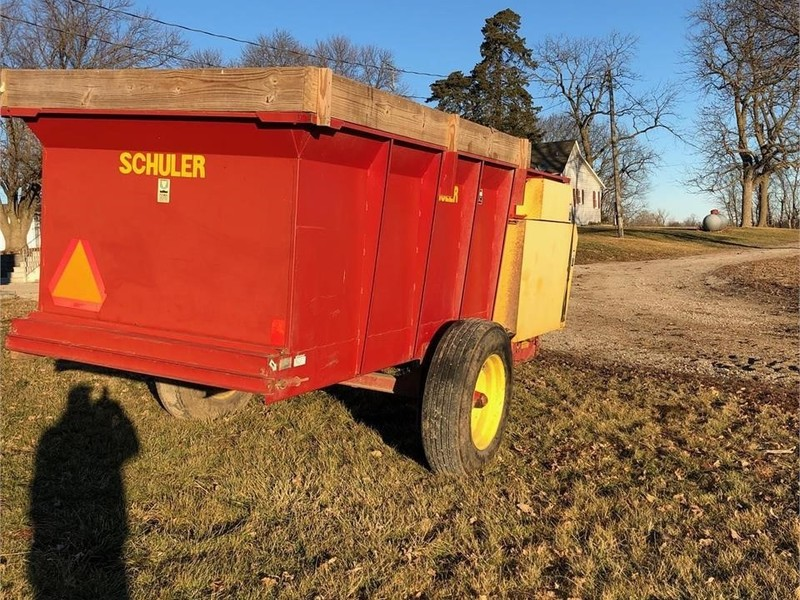 Schuler HF255 Feed Wagon