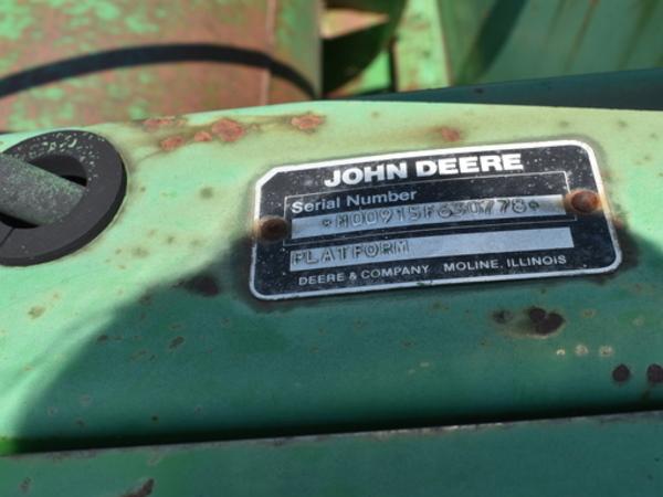 1989 John Deere 915F Platform