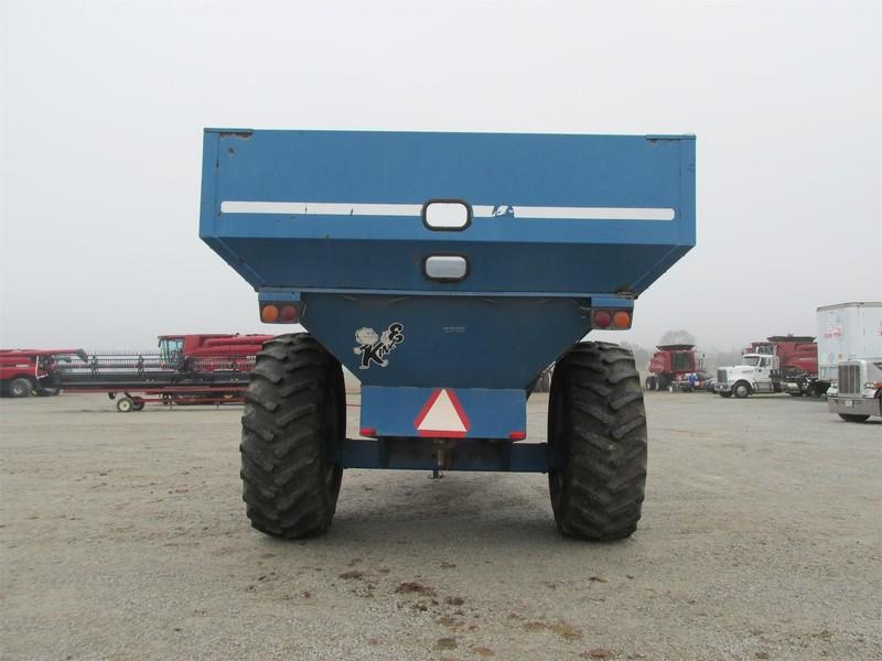1995 Kinze 640 Grain Cart